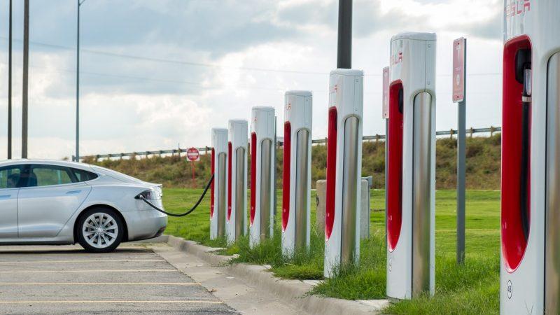 Forse daling laadvolume elektrische auto's