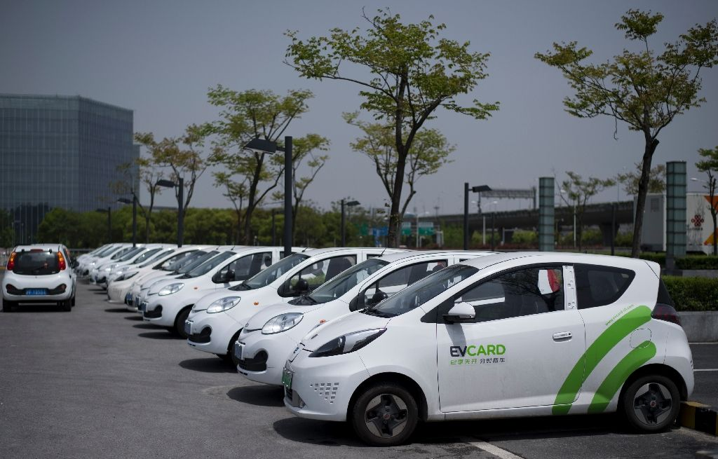 China stelt productiequota vast voor elektrische voertuigen