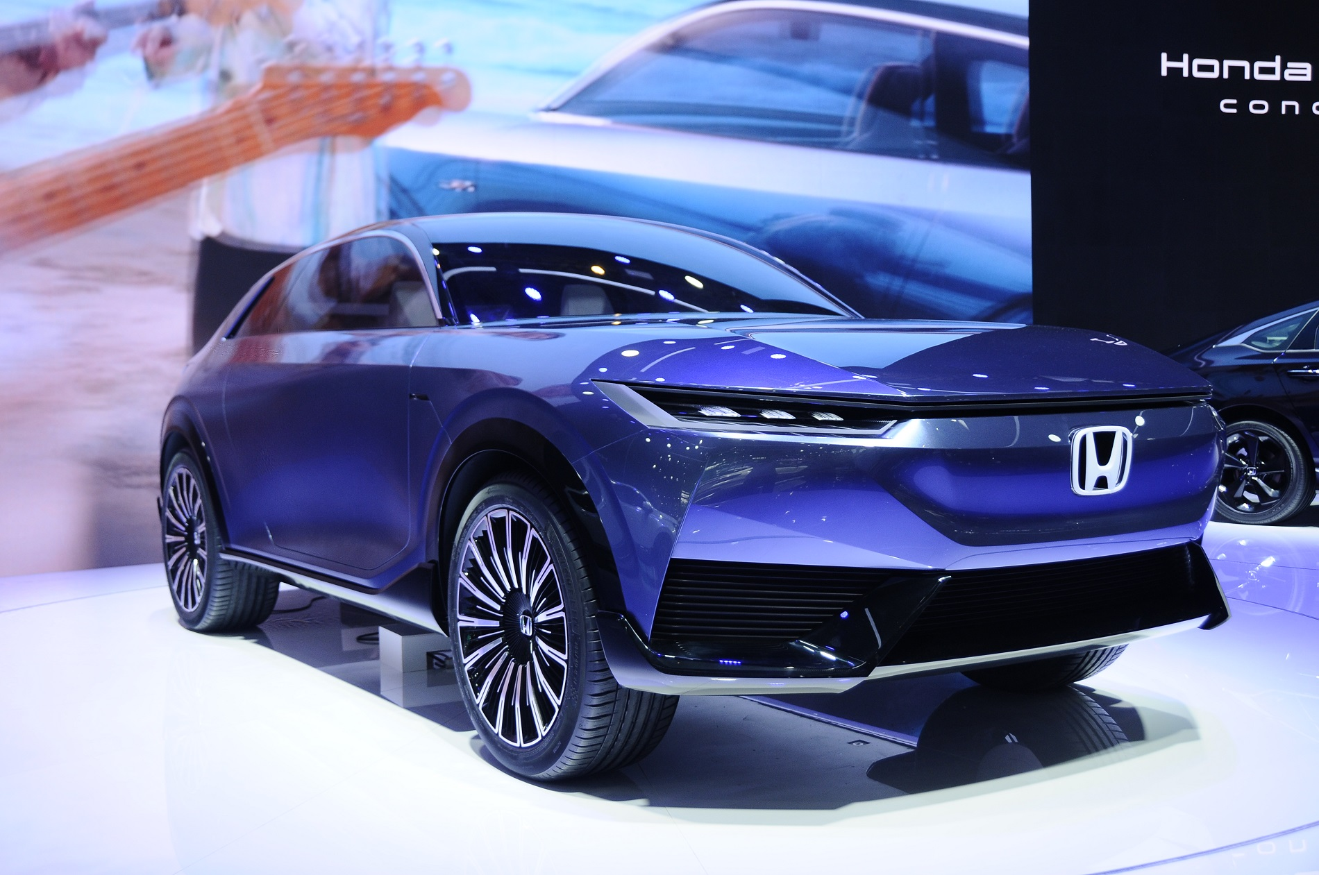 Honda presenteert de SUV e