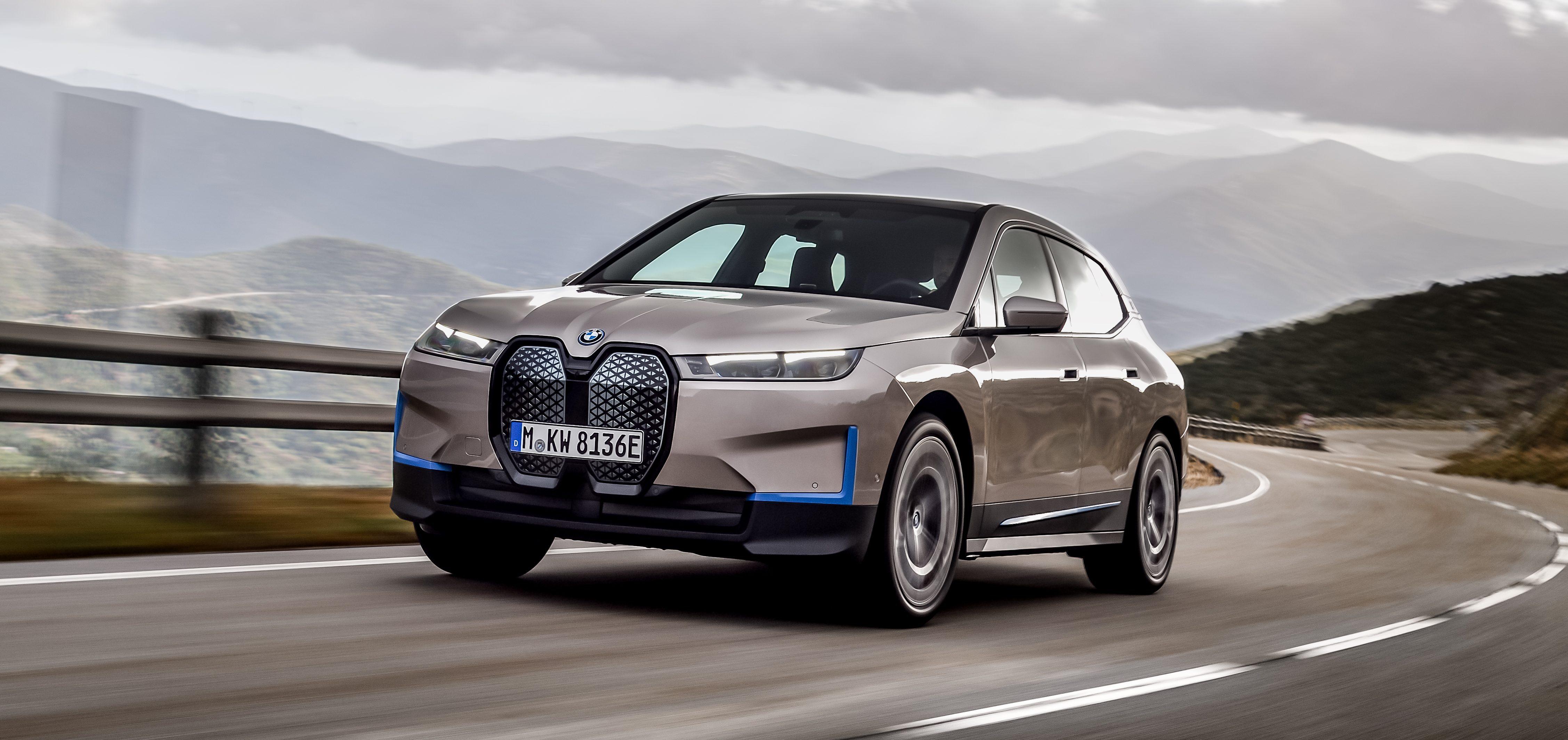 BMW presenteert de iX